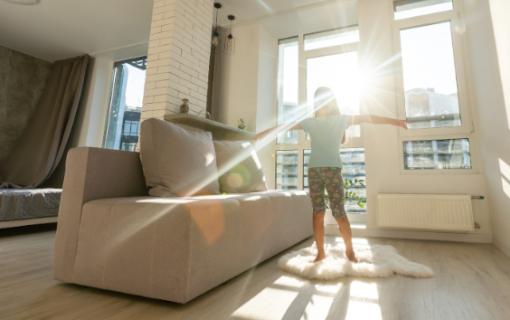 Ecco 10 trucchi per illuminare una casa buia