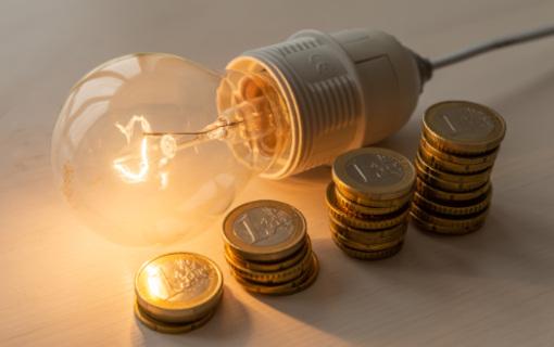 Prezzi ARERA da ottobre 2021: luce +29,8%, gas +14,4%